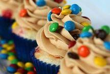 Cupcakes/Cakes / by Brittany Hamilton