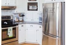Cleaning Tips / A collection of tips and tricks for cleaning your living space.