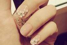 Nails, Nails, Nails / Manicures we are loving