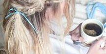 Frisuren mit TÜCHER • SCHLEIFEN im Haar / Tücher und Schleifen machen aus den simpelsten Frisuren etwas ganz besonderes und sind so praktisch. Haaraccessoires oder Haarschmuck sind halt immer eine gute Idee, in langen Haaren, in mittellangen Haaren und auch in kurzen Haaren. Die schönsten Frisuren mit Tüchern und Schleifen findet ihr hier.