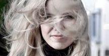Thema HAARE: Haarpflege, Tipps&Tricks, Haaralltag, DIY Pflege - Gruppenboard / Pinnt alle mit und lasst uns Haarpflege, Tipps&Tricks, Haaralltag, DIY Pflege, Produkte, Good to know zum Thema HAARE sammeln. Alle die Haare & Beauty lieben sind Herzlich Willkommen. Wenn du mitpinnen möchtest folge meinem Profil & schick mir einfach eine Nachricht über Facebook: braids.life oder hier über Pinterest ♡ Bitte höchstens 2 Pins je Blogbeitrag und immer passend zum Gruppenthema, am liebsten auf deutsch - Danke! Frisuren bitte NICHT hier pinnen - dazu gibt es ein extra Gruppenboard!
