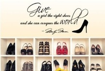 The shoe addict / by Gina Pietersz