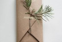 Gift wrapping ideas / Gift Wrapping Birthday, Creative Gift Wrapping, Gift Wrapping Christmas, Gift Wrapping Wedding, Packaging Ideas, Wrapping, Wrapping Paper, Gift Wrapping Paper, Gift Wrapping Paper Download, Print Gift Wrapping Paper, Geschenke verpacken Geburtstag, Geschenke verpacken kreativ, Geschenke verpacken Weihnachten, Geschenke verpacken Hochzeit, Verpackungsideen, Verpackung, Verpackung basteln, Packpapier, Geschenkpapier, Geschenkpapier download, Geschenkpapier ausdrucken