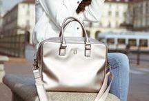 HANDBAGS / Kochamy torebki! Sprawdż naszą ofertę torebek damskich https://tamuni.pl/kobiety/torebki-damskie.html Mochilas, bolsos, shopperbag, bandoleras, carteras de la casa Versace Jean - mas modelos en https://tamuni.com/marcas/versace-jeans.html #handbags #fashion #loveit #shoponline #tamuni.pl #trussardi #bag #handbag #trussardijeans