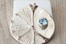 enchanting gems..