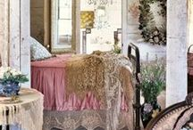 Decorating / by Barb Roudebush