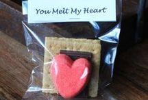 Valentine's at School / Valentine's Day ideas for elementary teachers
