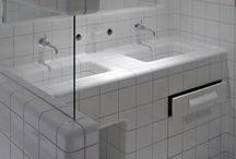 Bathroom / by Lies van der Velde