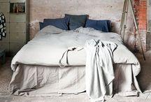 Bedroom / by Lies van der Velde