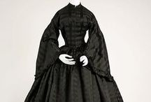 Victorian Little Black Dress / A common myth says that Victorians only wore black for mourning. Not! Victorians loved their little black dresses for all occasions as much as we do! You'll see everything on this board - ball dresses, dinner gowns, day dresses (both formal and work attire), and yes - mourning dresses too. Black was a useful color for every woman to have in her wardrobe.