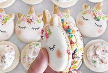 Ausgefallene Desserts / Eine Sammlung von ganz besonderen, originellen Desserts: Kuchen, Keksen usw.