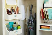 Organizing / I'm slightly obsessed with organizing. Not only do I love it, it helps keep me frugal and on budget. Some of these ideas are amazing and beautiful!