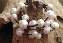 Christian O Pearls / Freshwater pearl and leather jewelry