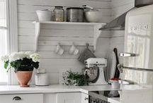 Kitchen spaces / by Over the Big Moon