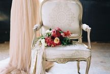 Photography: Styled Inspiration / Styled shoot photography poses & inspiration