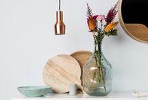 Wohn Accessoires / Wohn-Accessoires, Deko, Regale, Blumentöpfe und all die Kleinigkeiten mit denen man sein geliebtes Zuhause in kürzester Zeit aufwerten kann