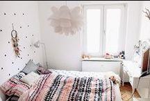 Schlafzimmer / Wo wir schlafen sollte es schön sein. Von Kleiderschrank bit Bett