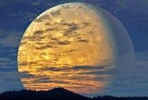 Moon Glows / Beautiful moons, setting, rising, crossing the sky. Full moons, new moons, sliver moons, waxing moons, waning moons. Gorgeous moons. / by John Kremer / Pinterest Expert