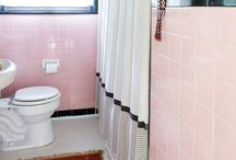 My Pink & Black 1950s Bathroom / If you haven't figured it out by now, I have a pink and black 1950s bathroom that needs a facelift. I love the vintage pink. & black tiles, so they're staying. Save the pink bathrooms!