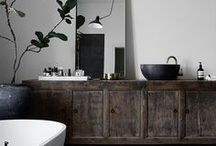 Nordic Bathroom Trend / Renowned for both its beauty and utility, and a creative use of space to turn bathrooms into a tranquil and inviting sanctuary.