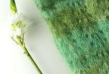 Pantone 2017 - Greenery / Grün, grün, grün sind alle meine Garne. Greenery ist die Pantonefarbe des Jahres und macht sich auch gestrickt ganz wunderbar. Mit dieser frischen Farbe holst Du dir Masche für Masche den Frühling ins Haus!