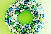 Christmas Decor 3 (Wreaths) / Features a variety of DIY and decor ideas for holiday wreaths and door hangers.