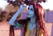 Makeup and Costumes / by Leesha Novak