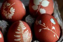 Heihei tuhi ... / Decorative eggs ... / by Eleanor Rawinia Tuhi