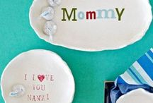MOTHERS DAY / Mothers Day ideas, treats, gifts and cards. Spoil mums on this special day.