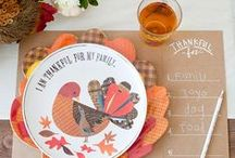 THANKSGIVING / Thanksgiving ideas for the perfect holiday. Crafts, traditional food, classic drinks, decorations and party tips.