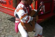 ウイチョル族民族衣装 Huichol Clothng