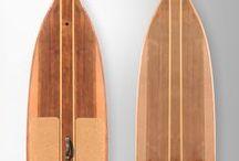 """VINTIGO SUP - Vintage Series / Deski SUP (Stand Up Paddle boards) VINTIGO serii Vintage nawiązują do """"starej szkoły"""" konstruowania desek surfingowych z drewna. Nowe technologie zapewniają trwałość i radość z ich użytkowania."""