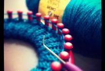 LOOM Knitting / by Tine Adriaens