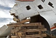 airplane graveyard / somehow dead airplanes show how brilliantly their made