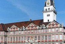 Schönes Niedersachsen / Niedersachsen ist eines der schönsten und abwechslungsreichsten Bundesländer überhaupt: die Nordseeküste und das Mittelgebirge Harz, spannende Städte wie Hannover oder Lüneburg und sehenswerte Dörfert wie Greetsiel. Hier gibt es Tipps, was man in Niedersachsen alles erleben und machen kann