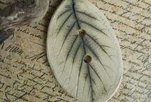 My Autumn Leaves / Porcelain and stoneware jewellery, buttons platters.  #autumnleaves #autumn #christmasgifts