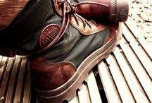 ...footwear! / by Simon Cudd