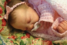 Reborn babies I love / by Milinda Jaffe