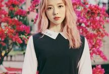 ViVi / V i V i  Stage Name: ViVi (비비) Real Name: Wong Viian (黃珈熙) Birthdate: 9 December 1996 Birthplace: Hong Kong, China Blood Type: B ~~~~~ - April Girl - Deer - Pastel rose