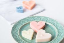 Valentine's Day / Love is in the air, and you can show it with these Valentine's Day crafts! Find decorations, cards, and handmade gifts for your Valentine.