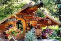 Houses/Cabins/Cottages / Interesting Houses, Cabins, Cottages and Houseboats