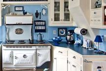 Blue French Kitchen / Kitchen, Cabinets, Curtains, Tablecloths and accessories for a classic blue french kitchen