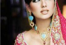 ⓅHⓞ〒◙ Beleza em todas as Cores ♥ / As mais belas e exóticas mulheres do planeta em todas as cores, credos e raças. Confiram sem medo o belo e encantador olhar feminino sob uma ótica vislumbrante e repleta de charme e elegância.