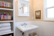 Bathroom Design 26 / The traditional style yellow and white subway tile, full size bathroom.