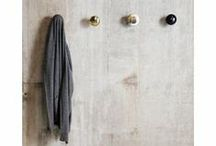 DEENS | HAKEN EN KAPSTOKKEN | COATRACKS