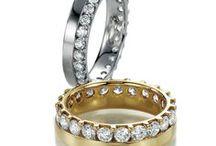 Memoirering / Einzigartig und Individuell können Diamant Memoireringe sein. Ob mit einem einzelnen Diamant im Bandring oder vielen Brillanten im Memoire Ring. Mit Diamantringen machen sie jede Frau glücklich.