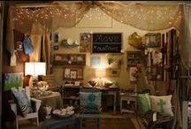 Flea Market & Antique Stores / Mercado de Pulgas & Antiguedades