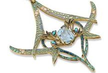 Lalique Designer Jewelry / Antique and Vintage Fine Jewelry
