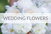 Wedding flowers / Wedding flowers ideas.  Kwiaty, bukiety ślubne, kwiatowe aranżacje na ślub, butonierki, kompozycje na stoły, przypinki dla pana młodego, wiązanka dla panny młodej, korsarze, ślubne wianki we włosach.