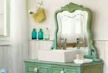 Dream Home: Bathroom / by Julie Holden